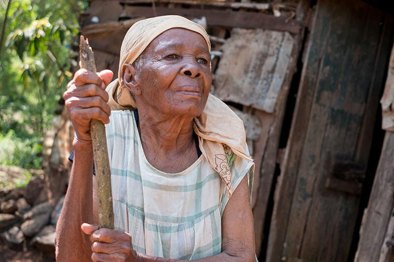 Asiamen, 81 year old mother to 7 children and numerous grandchildren