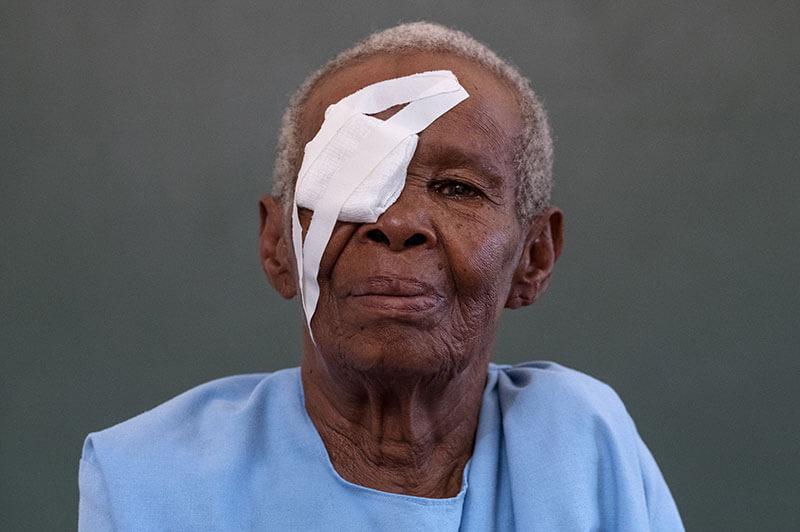 Asiamen, after sight-restoring surgery